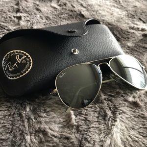 Ray Ban Aviator Sunglasses - SMALL